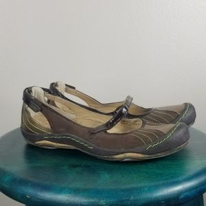 J-41 Jeep Eclipse Outdoor Brown Leather Flats